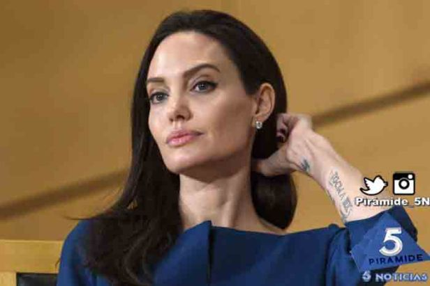 Piramide5N- Angelina Jolie 02