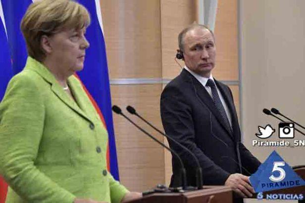 Piramide5N- Putin Merkel 05