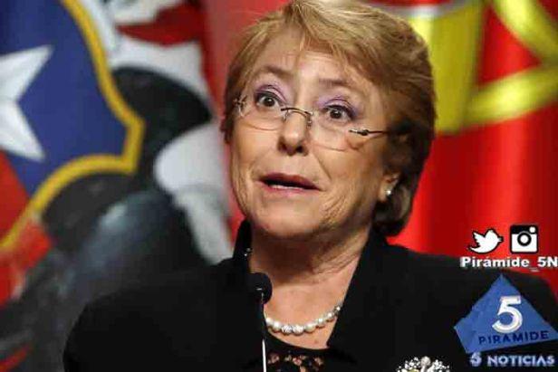Piramide5N- Bachelet close up