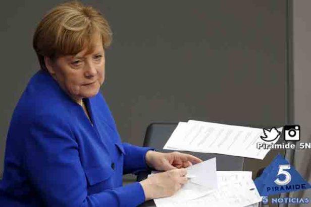 Piramide5N- Angela Merkel CDU 03